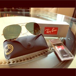 Ray-Ban Aviator Sunglasses RB3025 Italy Authentic
